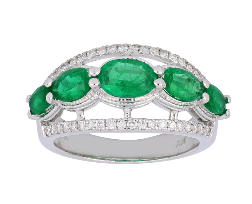 Emerald Ladies Ring (Emerald 2.02 cts. White Diamond 0.3 cts.)