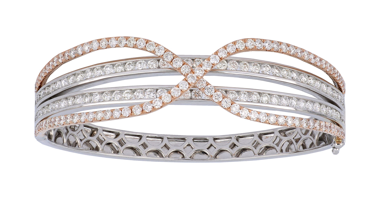 White Diamond Ladies Bangle (White Diamond  6.94 cts.)