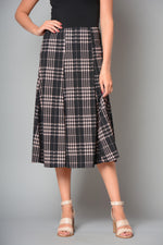 Ladies 6 Panel Elasticated Skirt (Pack of 6) £4.00 Per Garment