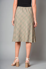 "Ladies Fully Lined Checked 27"" Long Skirt (Pack of 9) £7.00 Per Garment"
