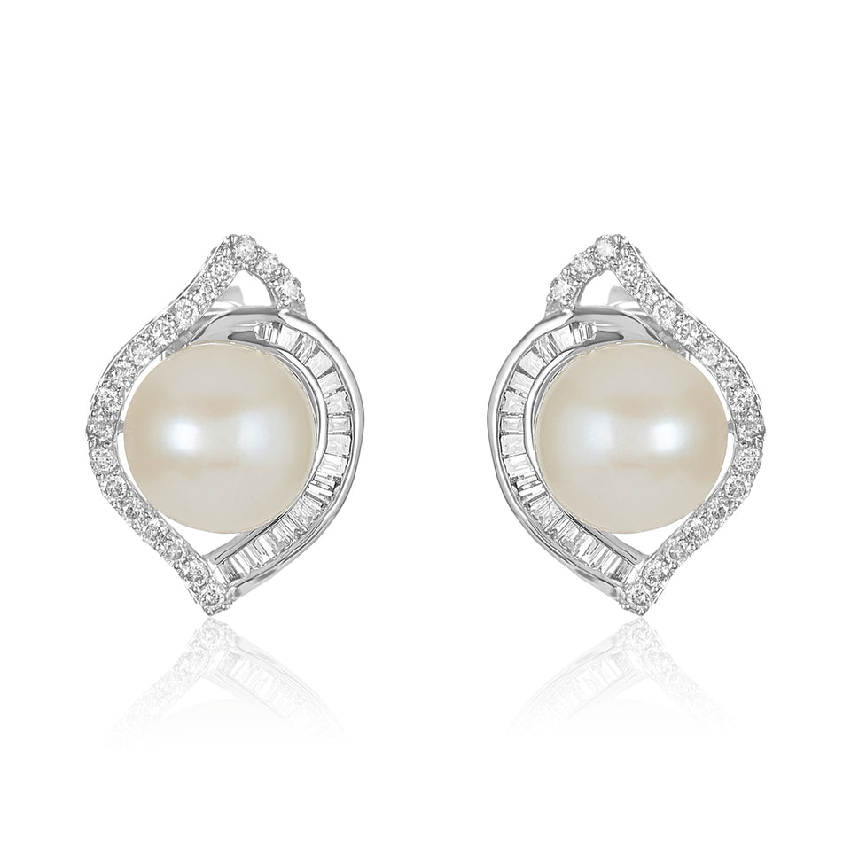14kt Nehita Pearl Diamond Stud Earrings