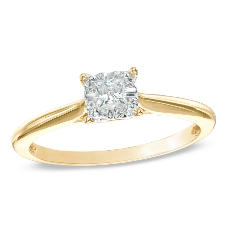 Round Classic Diamond Engagement Ring 2