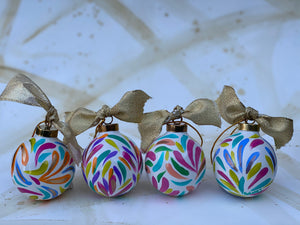 Ceramic Ball Ornaments Set 5