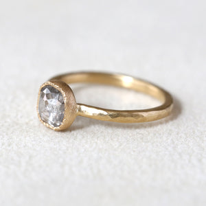 0.91ct  grey diamond ring