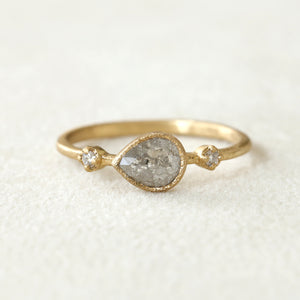 0.57ct grey diamond Muguet Ring