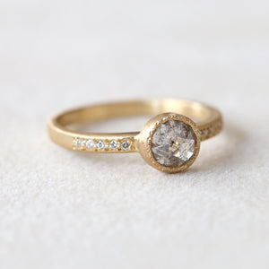0.86ct Salt & Pepper diamond ring