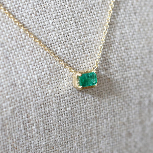 0.35ct emerald necklace