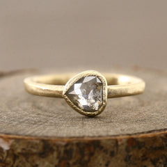 0.61ct trans-grey diamond ring