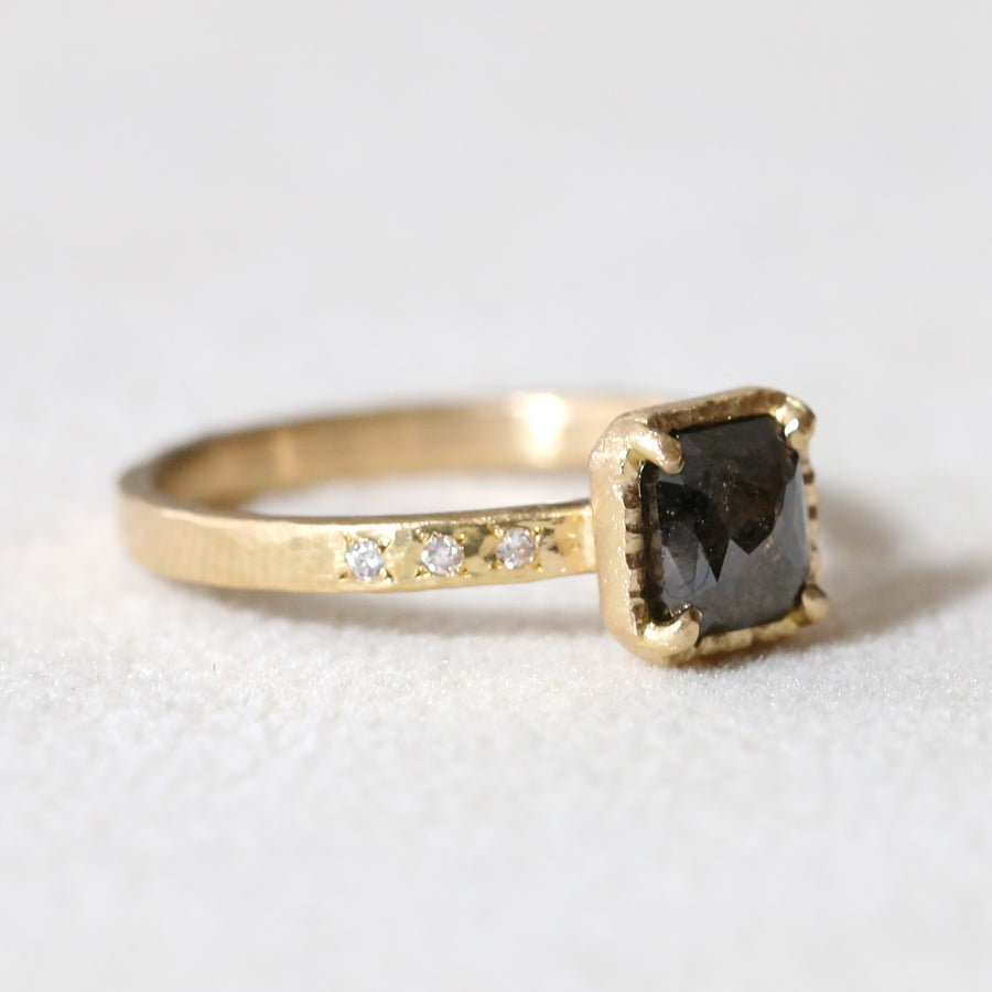 1.00ct black diamond ring