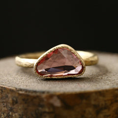 2.0ct Unheated padparadscha sapphire Ring