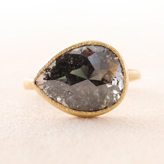 Sale ,  6.01ct black diamond ring