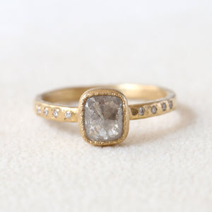1.06ct grey diamond ring