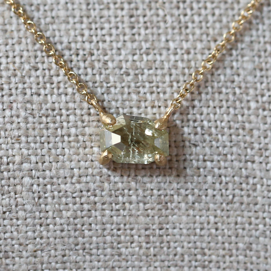 1.09ct pale yellow diamond necklace