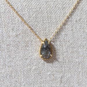 1.05ct grey diamond necklace