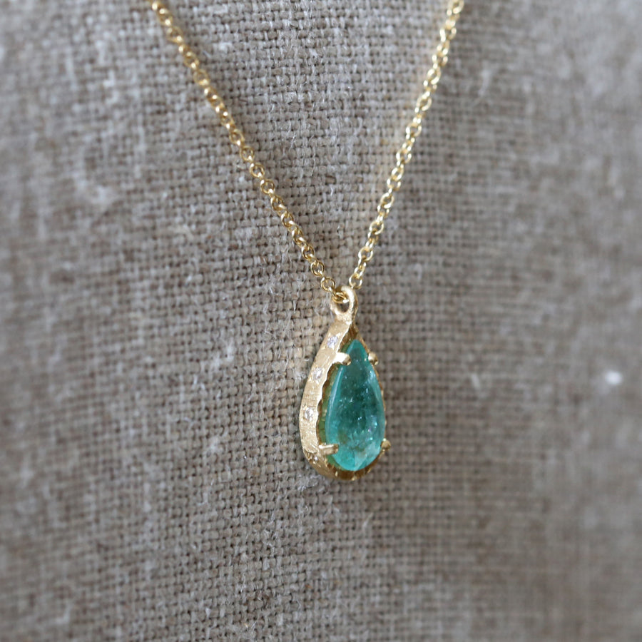 1.17ct Paraiba tourmaline necklace