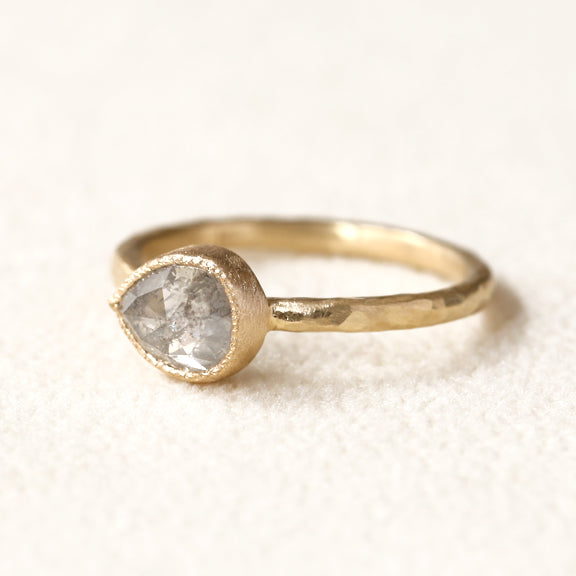1.27ct Icy grey diamond ring