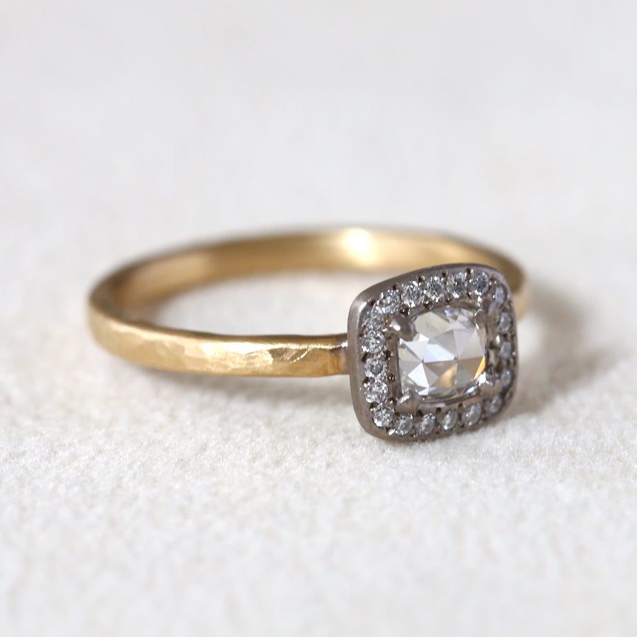 0.36ct colorless diamond two-tone ring