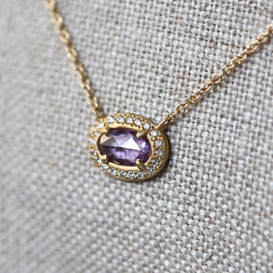 0.55ct purple-pink sapphire necklace
