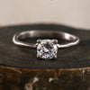 Organic prong ring / 0.5ct
