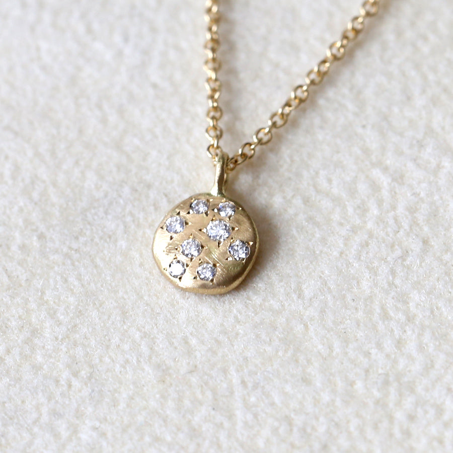 Dew small disc necklace