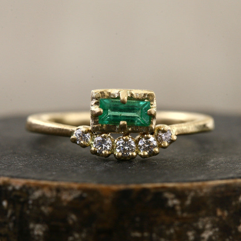 Muguet ring / Emerald