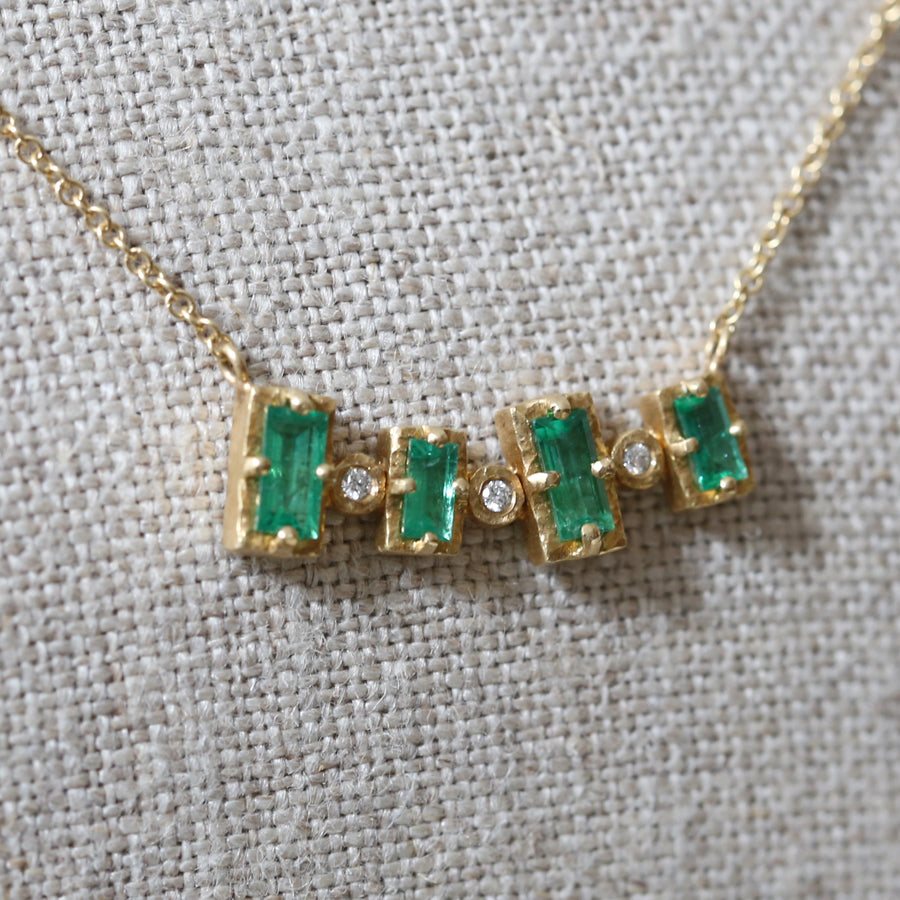 4 bezel emerald necklace