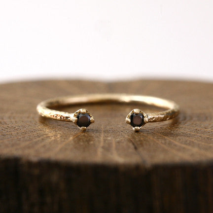 1.9mm black diamond textured ring