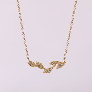 Five leaf necklace