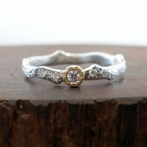Moonlight Bezel ring , Thorn 0.09ct