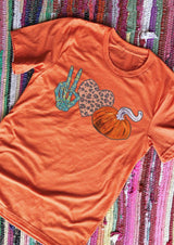 Victory Gesture Leopard Printed Heart Pumpkin T-Shirt Tee - Orange
