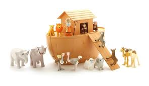 Noah's Ark Figurine Play Set - Tales of Glory