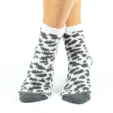 🐆 2 Pack Women's Leopard Fuzzy Socks US Size 5-10-Snazzy Socks