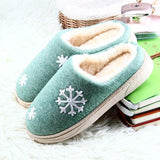 ❄ Winter Snowflake Slippers, Super Plush, Fuzzy and Warm-Snazzy Socks