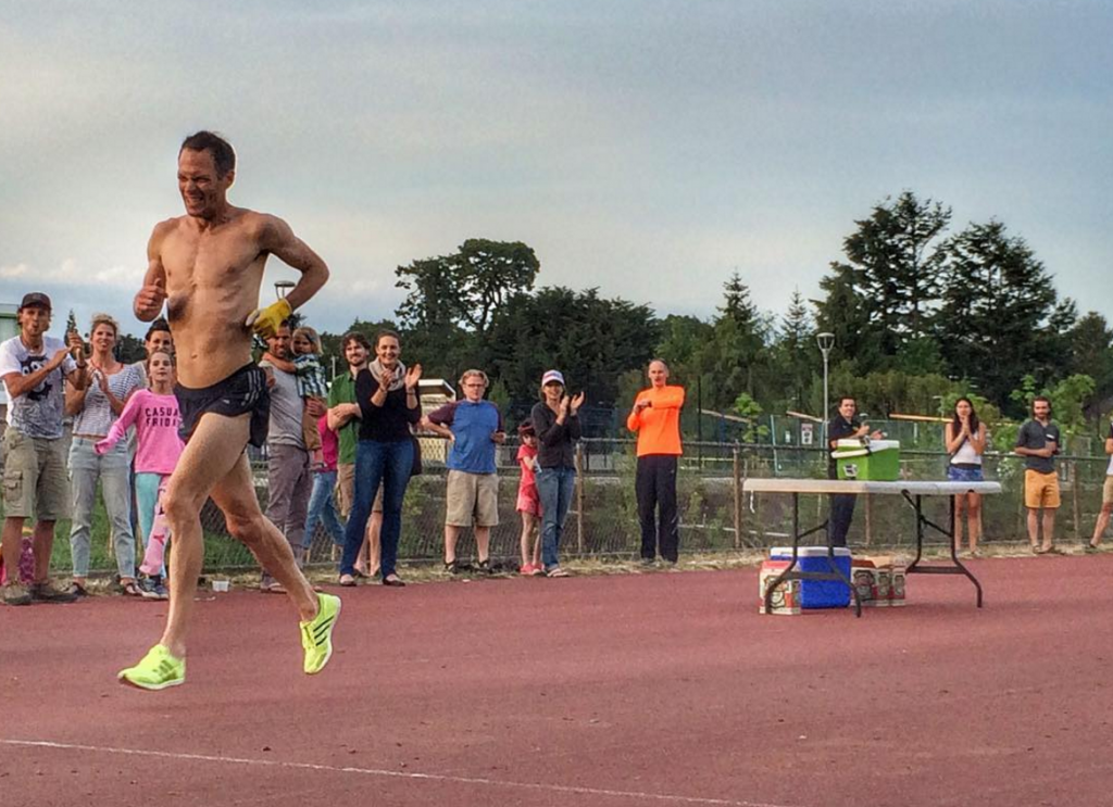 Jim Finlayson Breaks Beer 2-Mile World Record