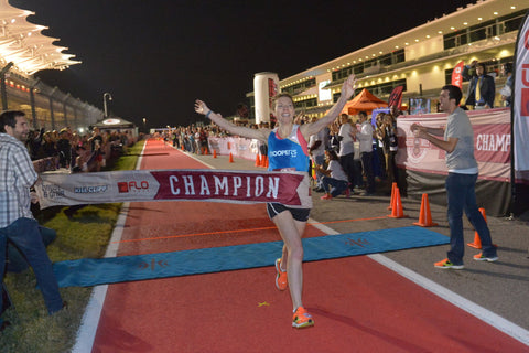 Elizabeth Herndon wins Flotrack beer mile