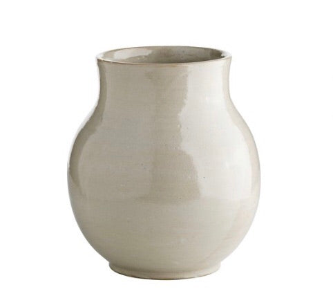 Tine K Home Vase Shadow small  Dimensions: D 18 x H 19 cm.   A beautiful vase for a bouquet or a pair of cut flowers.The vase is handmade and glazed by hand. This means that they are not 100% waterproof and we therefore recommend that the bottom is lined with a small bin or glass vase.  Hand wash