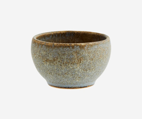 Madam Stoltz bowl small  Colour: Taupe, light grey Material: Stoneware Additional info: Dishwasher safe. Colours may vary Dimensions: 7,5 x 4,5 cm