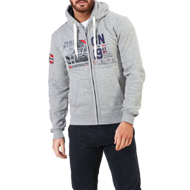 Geographical Norway Falopark_man