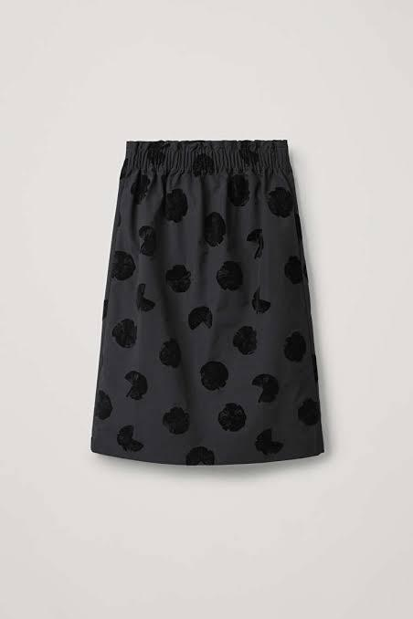 Cos Skirt - Flock Spot