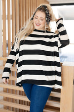 Horizontal Lines Top in Black