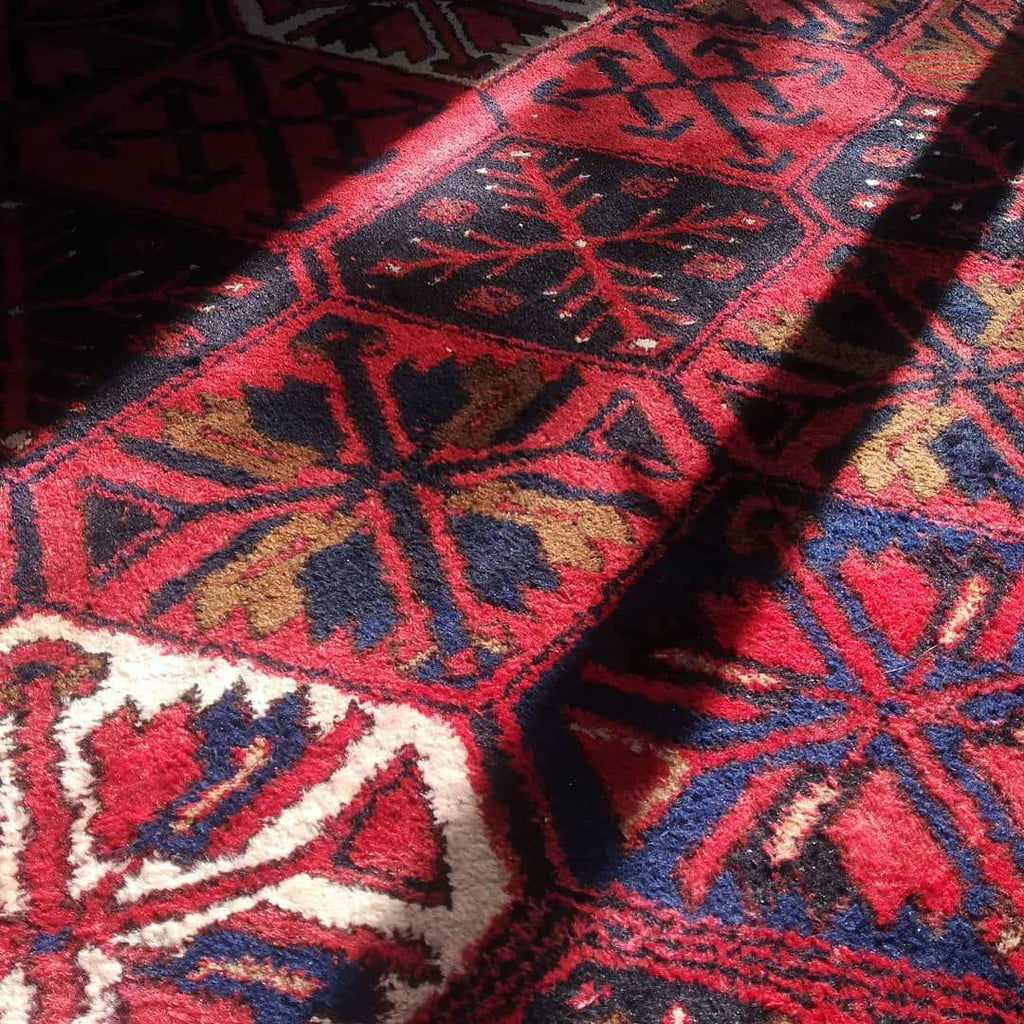 What are Persian Heriz Rugs? - Nomads Loom
