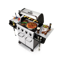 Load image into Gallery viewer, Broil King Regal 420 Pro Gas BBQ Top Cooking View