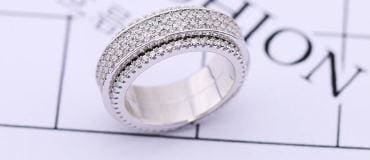 925 Sterling Silver Ice out Band Rotatable Ring