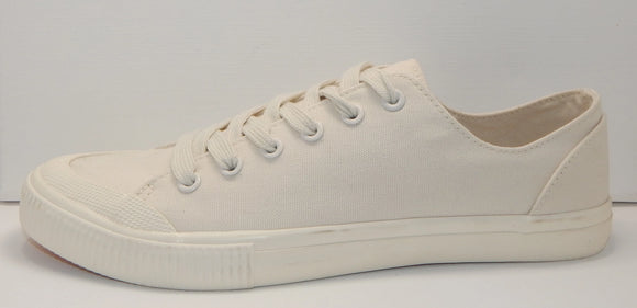 Universal Thread Women's Mandy Canvas Sneakers