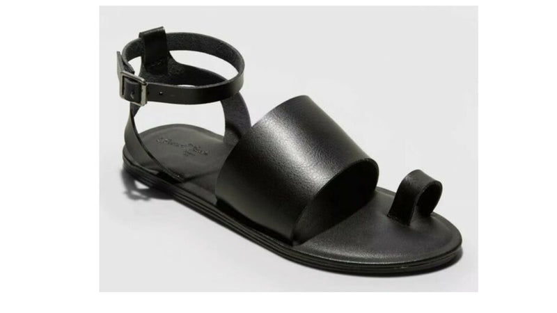 Universal Thread Women's Kenya Black Sandals