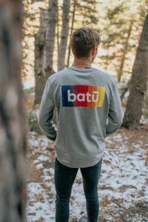 batū Long Sleeve Grey Shirt