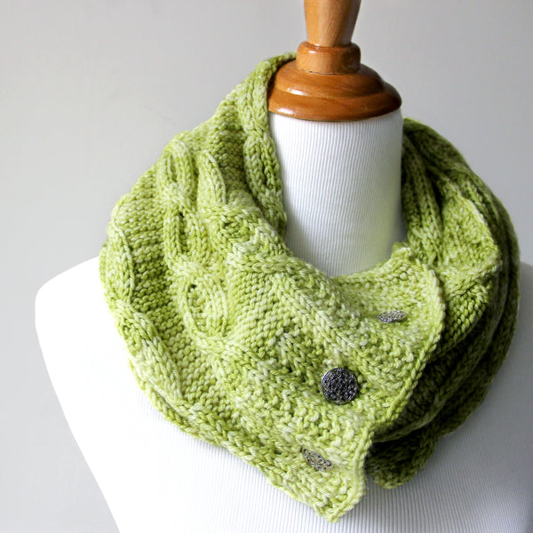 Last Chance Button Cowl - Pale Green