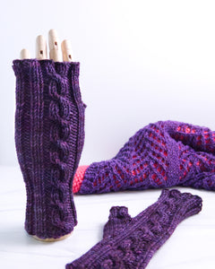 Cable Mitts - Moody Purple