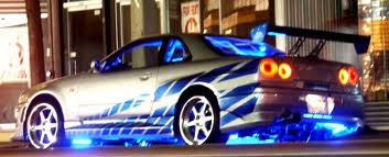 Neon Light to Accessorize Your Car