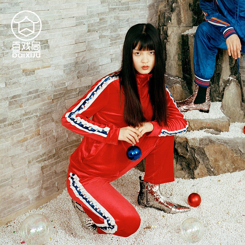 Mukzin Hello Kitty Official Collaboration Printing Red Velvet Women Track Suit